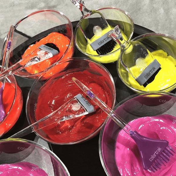 mezcla de colores con pinceles colortrak